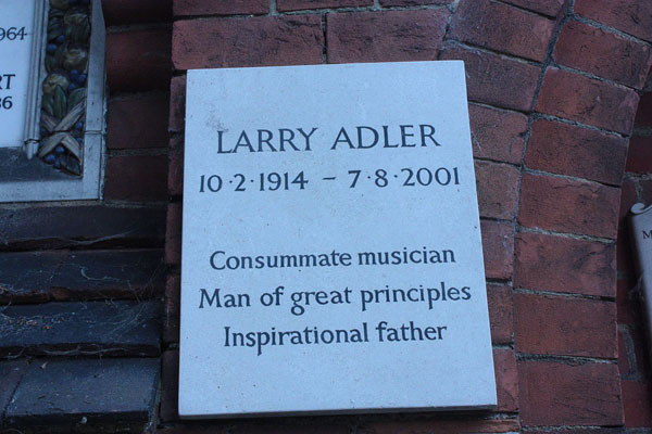 LarryAdler4(www.HarmonicaHome.Com)